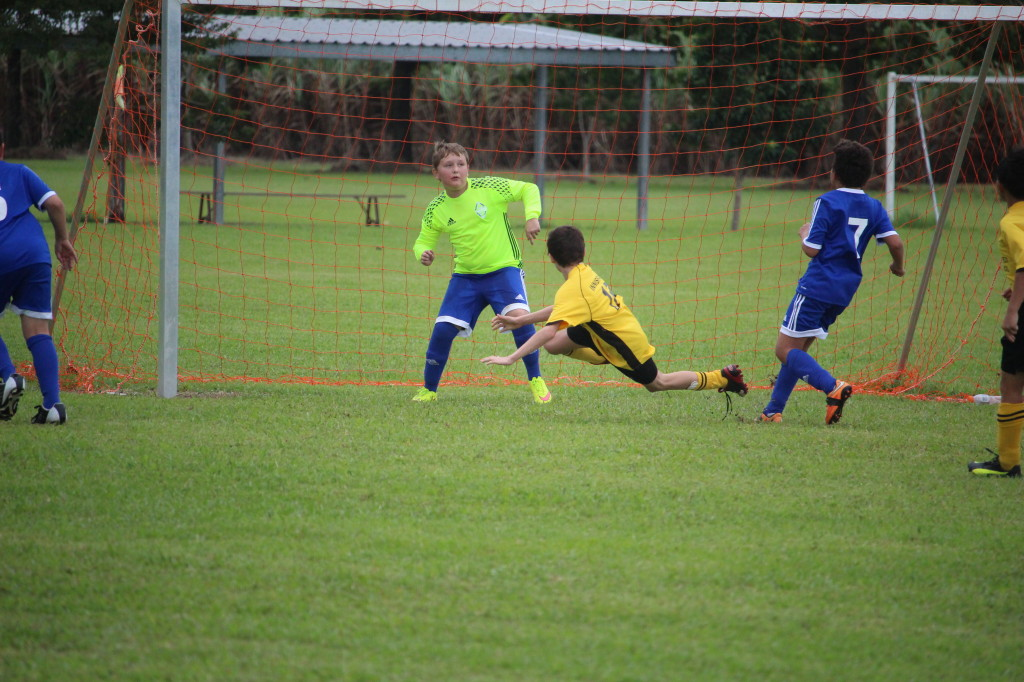 The kick that evened the score Saturday ending in a draw for under 10/11